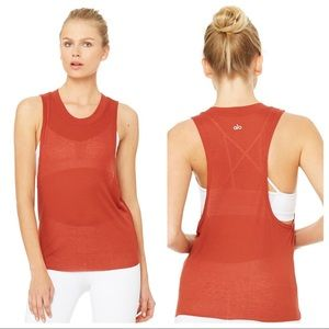 ALO Yoga Heat Wave Workout Tank in Amber SZ Large